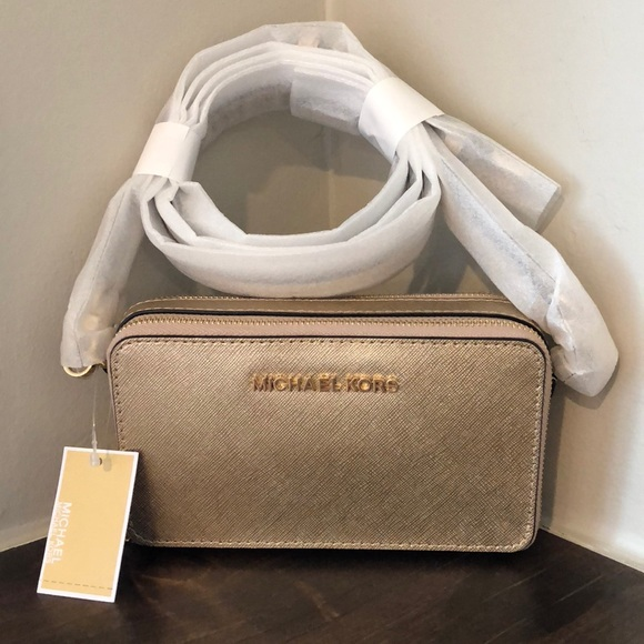 4e5c637155de Michael Kors Jet Set Pale Gold MF Crossbody NWT